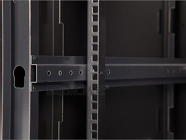 LINIER's rack-mount rails